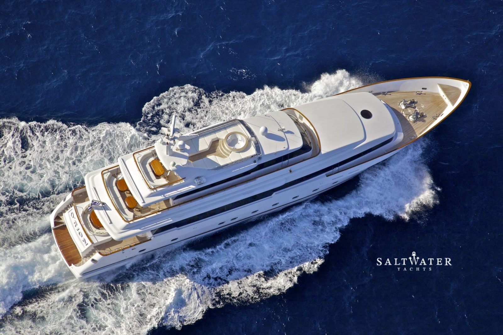 O 39 rion luxury super yacht for charter in greece and for Motor boat rental greece