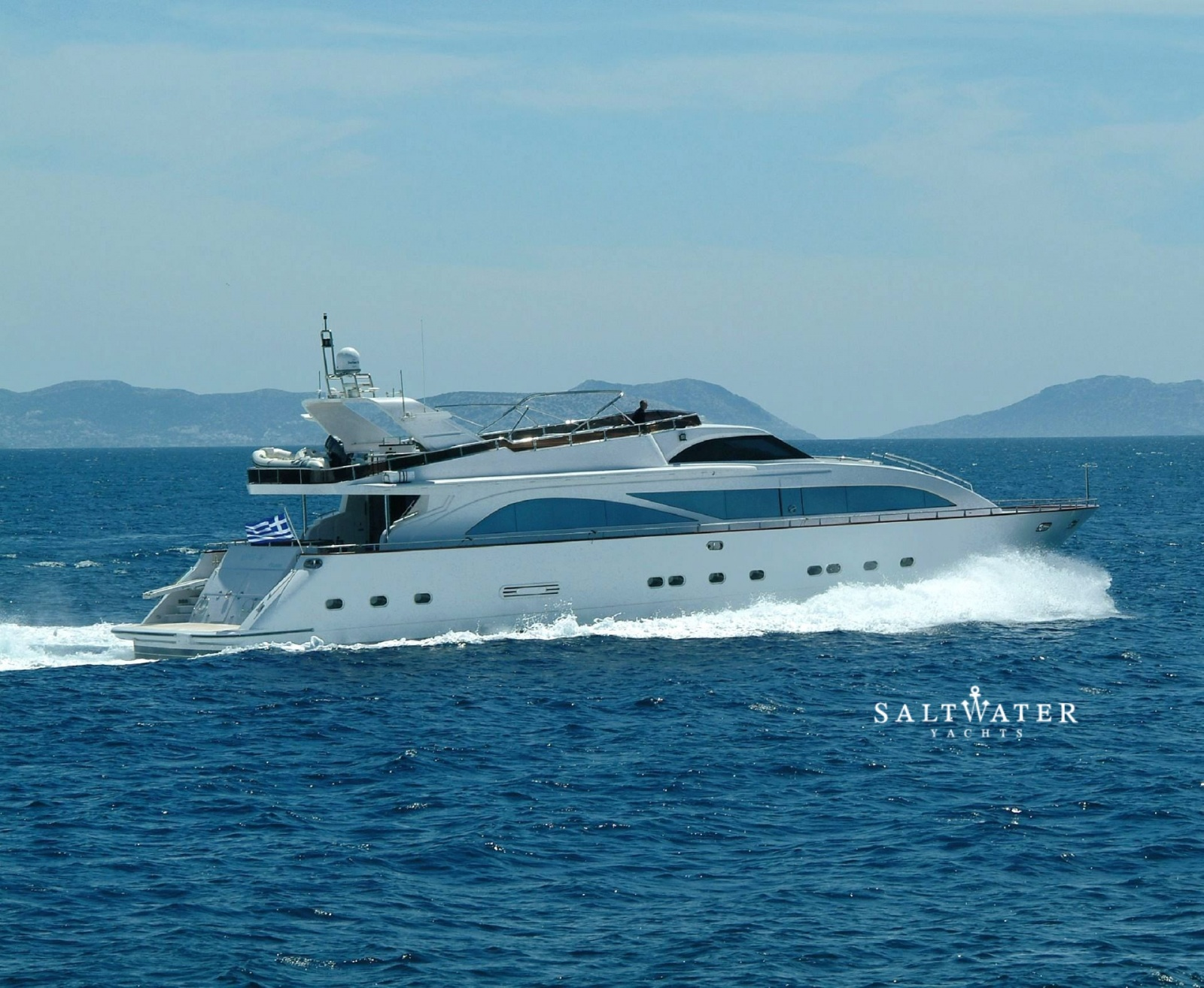Dream b luxury motor yacht for charter in greece and for Motor boat rental greece
